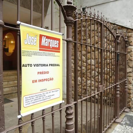 Edifício em Niterói que passou por autovistoria em 2016 Foto: Bárbara Lopes / Agência O Globo/Arquivo