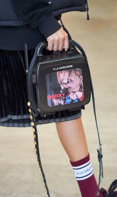 """Chucky, do filme """"Brinquedo assassino"""", também ganhou uma bolsa para chamar de sua Zé Takahashi/ Fotosite"""