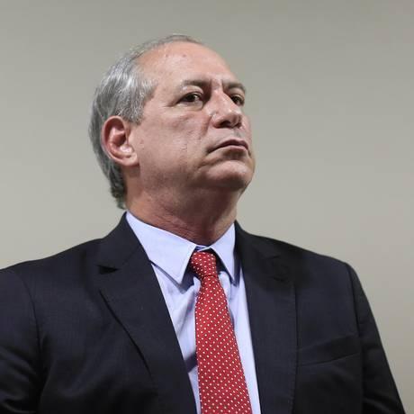 Ciro Gomes fala em evento Foto: Edilson Dantas / Agência O Globo