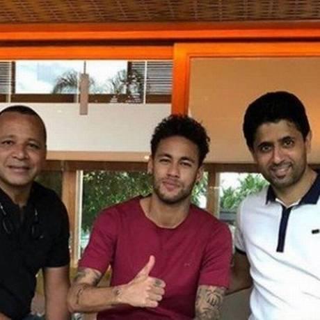 Pai de Neymar, o craque e presidente do PSG se reuniram em Mangaratiba-RJ Foto: Reprodução