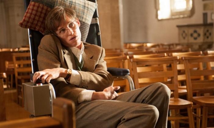 Eddie Redmayne vive Stephen Hawking Foto: Reprodução