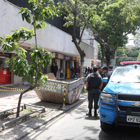 Local onde houve assalto com ferido em fevererino na Rua Professor Álvaro Rodrigues, em Botafogo Foto: Guilherme Pinto - 21/02/2018 / Agência O Globo