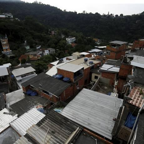 Comunidade do Cerro-Corá, esta há mais de um ano sem ter tiroteio Foto: Marcelo Theobald / Agência O Globo