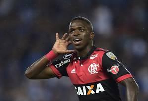 Vinícius Júnior será titular contra o Vitória Foto: RODRIGO BUENDIA / AFP