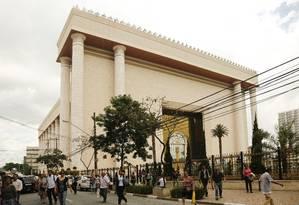 O Templo de Salomão, em São Paulo, sede da Igreja Universal do Reino de Deus. O edifício foi inaugrado em 2014 e custou R$ 680 milhões Foto: Edilson Dantas / Agência O Globo