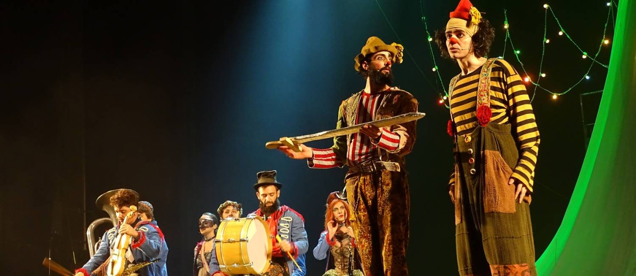 O espetáculo 'Suassuna — O auto do reino do Sol' reestreia no Teatro Carlos Gomes Foto: Divulgação/Marcelo Rodolfo