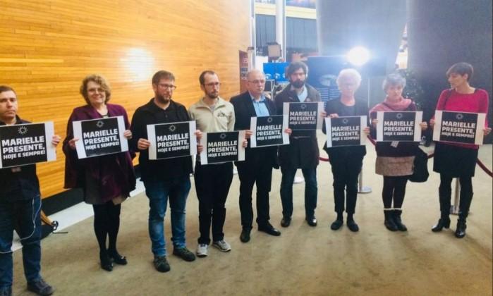 Deputados europeus pressionam UE a agir após morte de Marielle