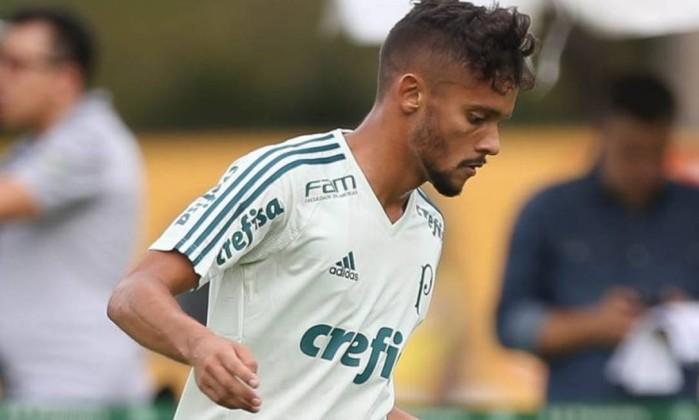 CBF reativa contrato de Gustavo Scarpa com o Fluminense