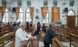 Católicos chineses rezam em igreja vazia no interior do país. Possível acordo entre Vaticano e China desagrada grupo. Foto: Yan Cong / For The Washington Post
