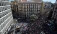 Em Barcelona a manifestação de aposentados reuniu 30 mil pessoas, segundo cálculos da polícia local Foto: JOSEP LAGO / AFP