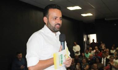 Ney Santos, prefeito de Embu das Artes Foto: Reprodução/Facebook