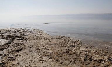 Nível do Mar Morto tem caído um metro por ano Foto: Ali Jarekji/Reuters