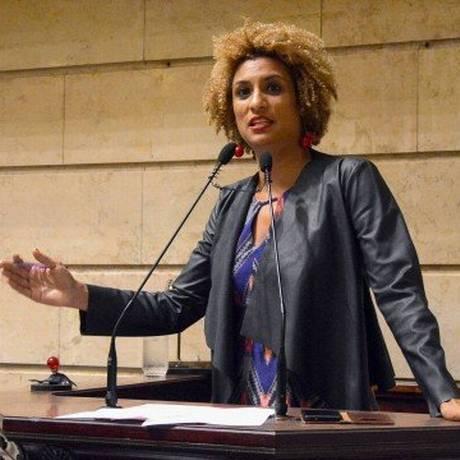 A vereadora Marielle Franco, em discurso na Câmara dos Vereadores, em 2016, durante sua posse Foto: Renan Olaz / AFP