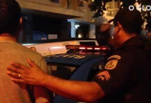 Confusão no bar Bip Bip, em Ipanema Foto: Reprodução