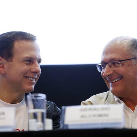 O prefeito João Doria e o governador Geraldo Alckmin, durante evento de gestão pública Foto: Edilson Dantas / Agência O Globo (27/05/2017)