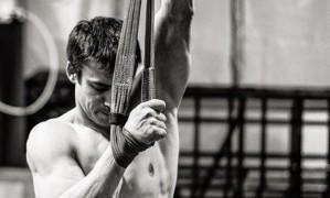 Acrobata Yann Arnaud, do Cirque du Soleil, morre após queda durante espetáculo na Flórida Foto: Reprodução