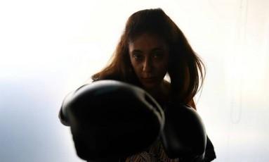 Halah Alhamrani, de 41 anos, ensina a modalidade na Arábia Saudita Foto: AFP