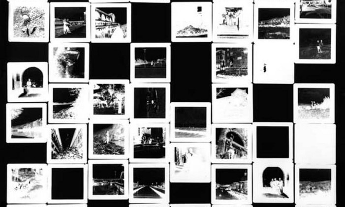 Detalhe de trabalho de Vicente de Mello na mostra 'Monolux' Foto: Divulgação