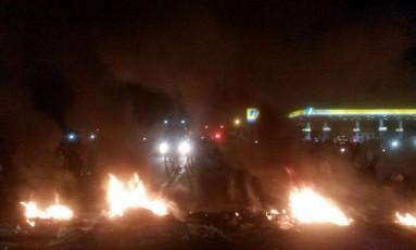 Moradores interditaram rodovia BR-174 em protesto Foto: Laudinei Sampaio / Rede Amazônica Roraima