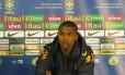 Douglas Costa pode aparecer na vaga de Neymar na seleção