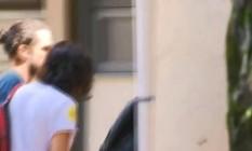 Monica Benício chega à Delegacia de Homicídios Foto: Reprodução / RJ TV