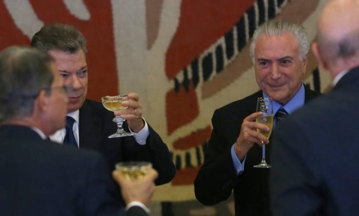 Michel Temer participa de almoço com o presidente da Colômbia, Juan Manuel Santo no Palácio do Itamaraty Foto: Ailton de Freitas / Agência O Globo