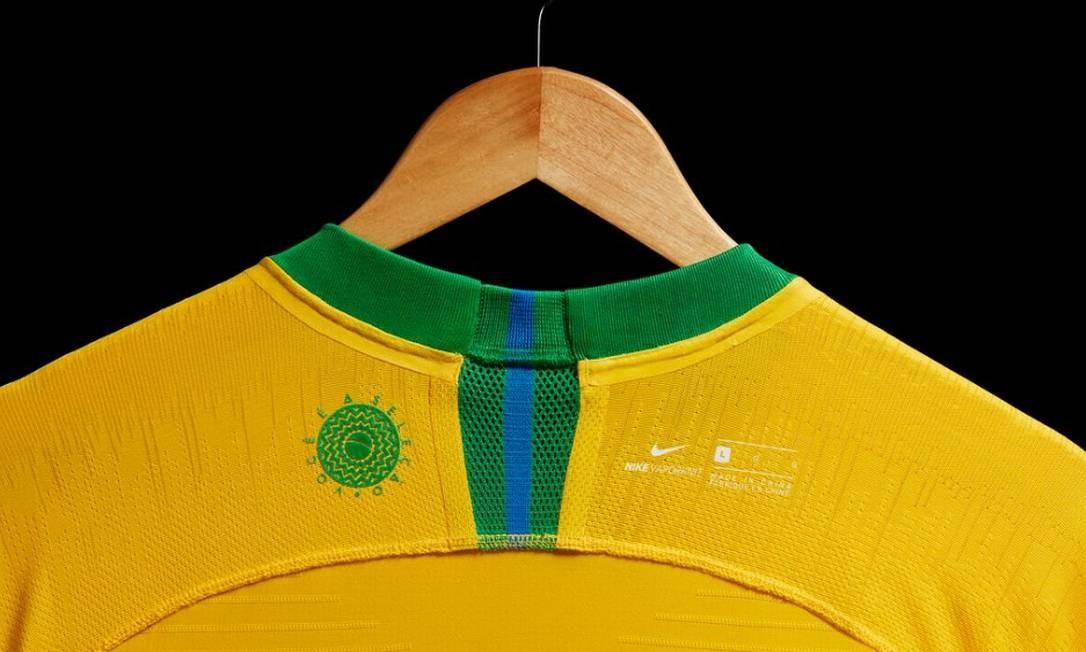 2581b28bf2d5d CBF divulga uniformes do Brasil para Copa do Mundo da Rússia ...