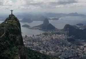 Vista áerea da cidade do Rio Foto: Pedro Kirilos / Ag¿ncia O Globo