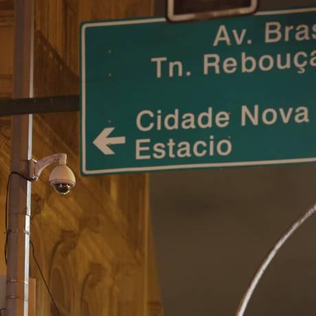 Cinco das 11 câmeras da prefeitura no percurso feito por Marielle e Anderson estavam desligadas Foto: Gustavo Miranda / Agência O Globo