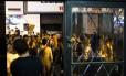 Rua Álvaro Alvim, tradicional endereço de eventos como o happy hour do Rivalzinho, que foi cancelado no ano passado Foto: Mônica Imbuzeiro / Agência O Globo