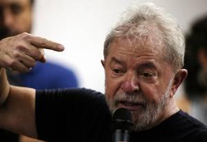 O ex-presidente Luiz Inácio Lula da Silva no lançamento de seu livro Foto: Paulo Whitaker / REUTERS