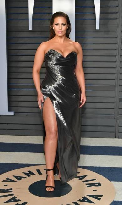A top pluz-size Ashley Graham é mais uma americana na lista Dia Dipasupil / Getty Images