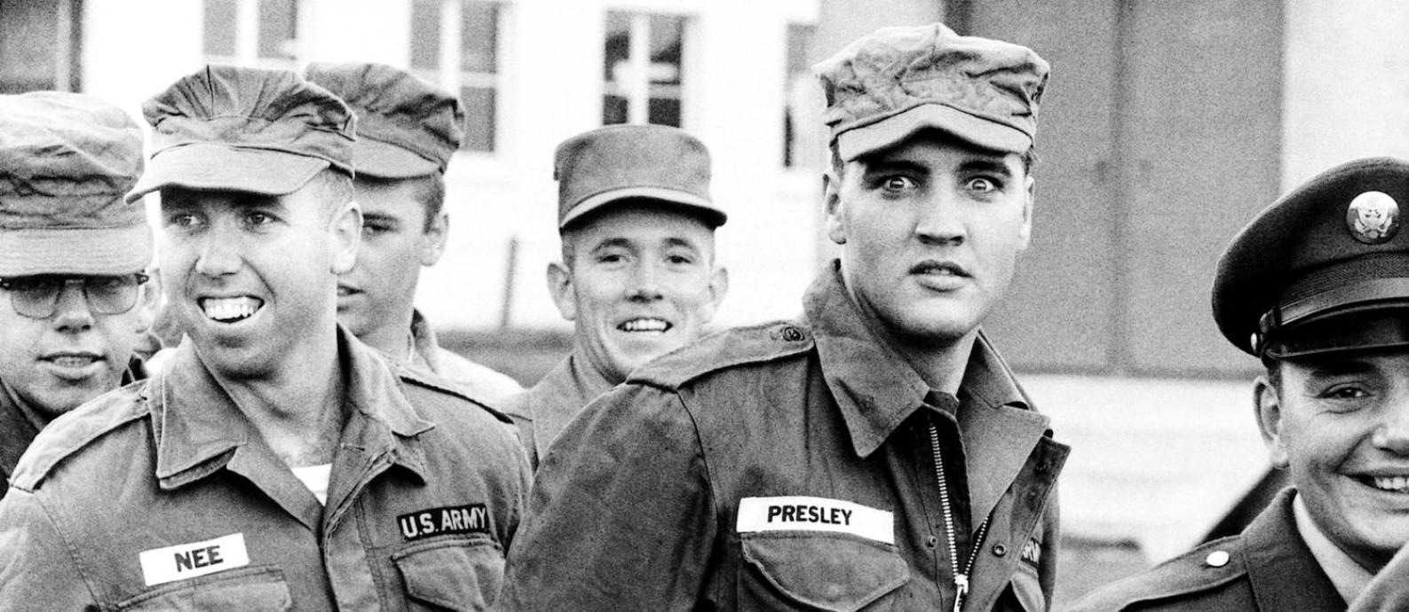 Elvis Presley no serviço militar, em 1958 Foto: Robert Lebeck / Arquivo