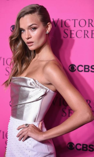 Josephine Skriver Dimitrios Kambouris / Getty Images for Victoria's Secret