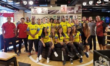 Equipe da nova loja do Flamengo Foto: Divulgação