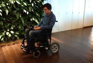 Também é possível gravar movimentos para que a cadeira realize trajetos corriqueiros de forma autônoma Foto: Divulgação