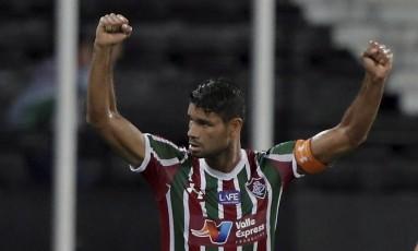 Gum comemora gol sobre o Flamengo na semifinal da Taça Rio Foto: Marcelo Theobald / Agência O Globo