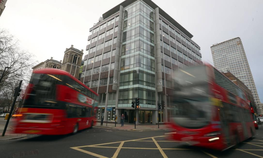 Escritório da Cambridge Analytica, em Londres Foto: HANNAH MCKAY / REUTERS