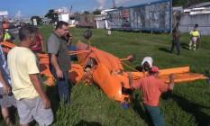 Avião de pequeno porte cai na Rodovia Presidente Dutra Foto: Reprodução/Onde Tem Tiroteio (OTT)