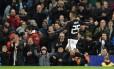 Lanzini comemora o primeiro gol da Argentina Foto: OLI SCARFF / AFP