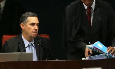 Barroso autorizou o envio ao Ministério Público de cópia de inquérito arquivado que investiga Temer Foto: Givaldo Barbosa / Agência O Globo