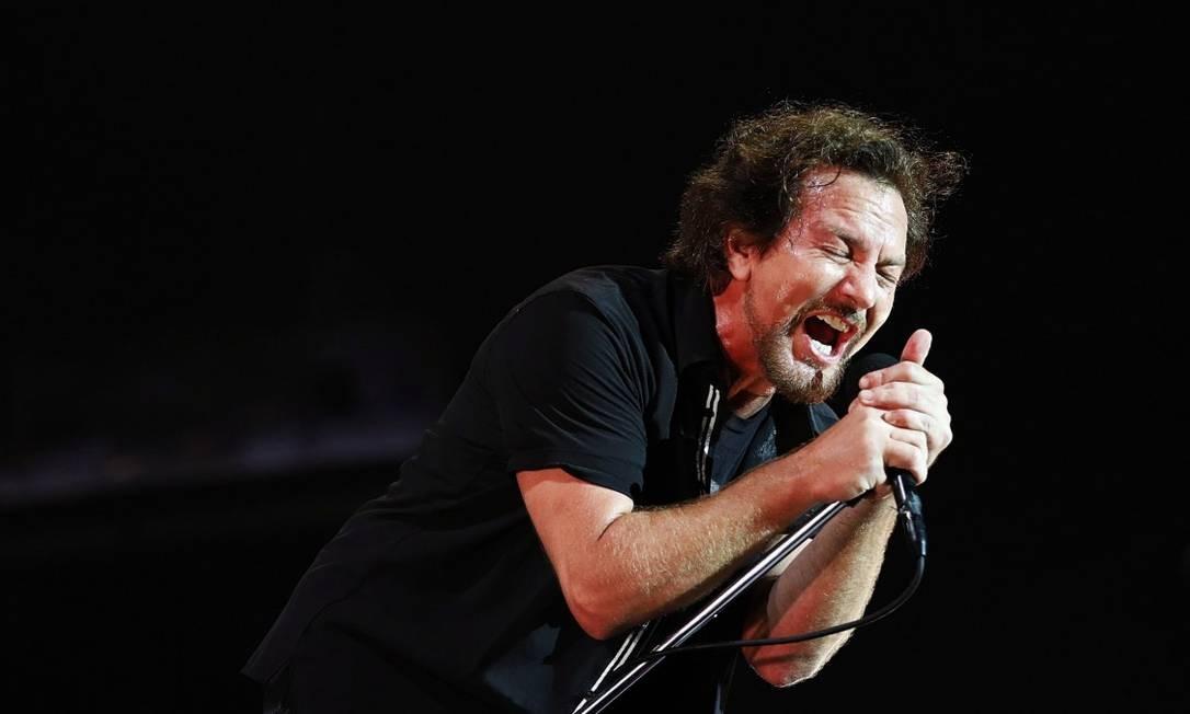 Pearl Jam fechou o primeiro dia do Lollapalooza Foto: Lucas Tavares / Agência O Globo