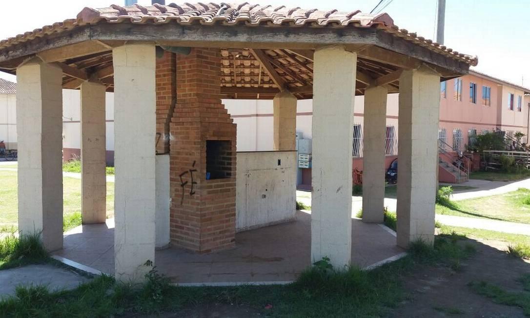 O local onde os jovens foram mortos Foto: Marcelo Régua / Agência O Globo / 26-03-2018
