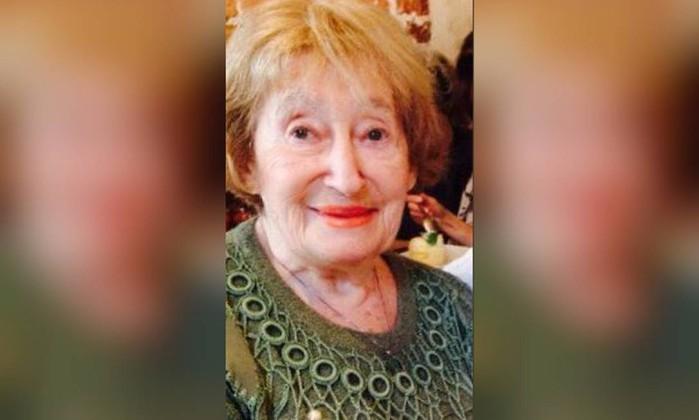 França investiga assassinato de idosa judia em Paris como crime antissemita