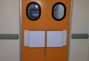 Sala amarela foi encontrada com cadeado na porta Foto: Divulgação