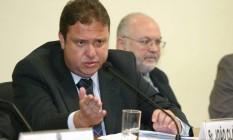 O ex-tesoureiro do PP, João Cláudio Genu, durante depoimento na CPI do Mensalão 20/09/2005 Foto: Ailton de Freitas / Agência O Globo