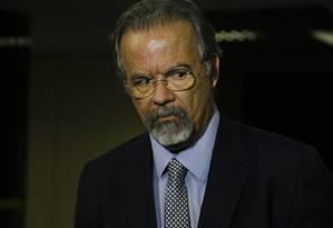 O ministro da Segurança, Raul Jungmann, durante entrevista Foto: Michel Filho / Agência O Globo