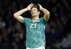 A frustração de Mario Gomez na derrota da Alemanha para o Brasil Foto: Markus Schreiber / AP