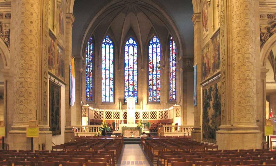 Parte interna da Catedral de Notre Dame de Luxemburgo, construída no século XVII em estilo gótico. Em outubro de 2012, foi palco do casamento do príncipe de Luxemburgo, Guilherme com Stéphanie de Lannoy Foto: Creative Commons