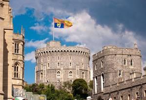 A capela de São Jorge, do Castelo de Windsor, será o palco do aguardado casamento entre o príncipe Harry e a atriz americana Meghan Markle. A cerimônia será no dia 19 de maio e promete atrair milhares de pessoas ao Reino Unido Foto: VisitEngland/Doug Harding
